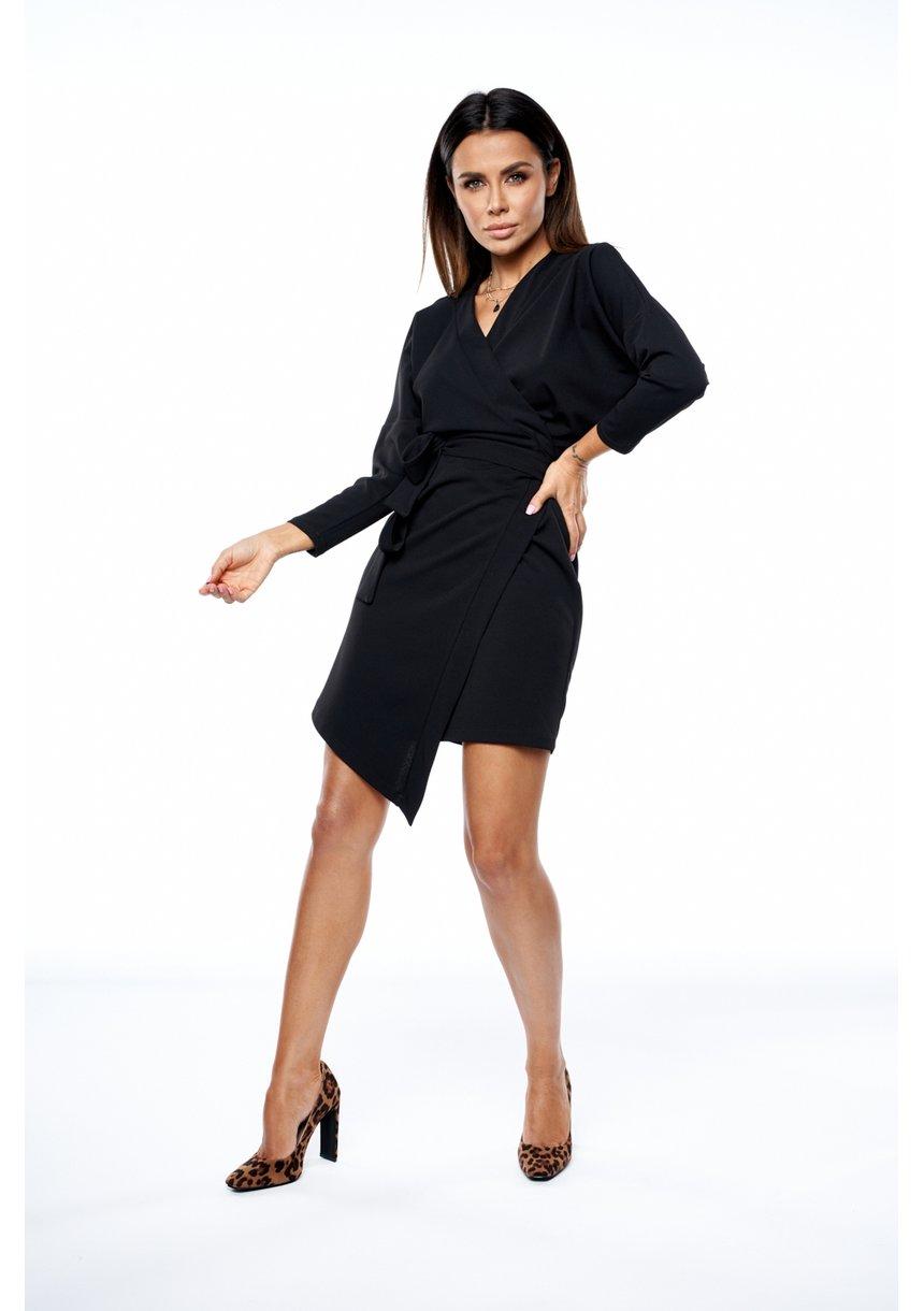 Sukienka o kopertowym kroju z asymetrią Czarna