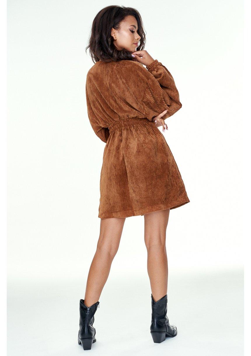 Kopertowa sukienka ze sztruksu Karmelowa