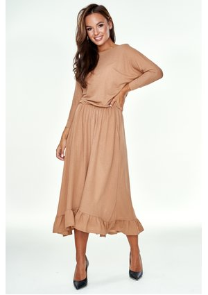Sukienka midi z falbanką Beżowa