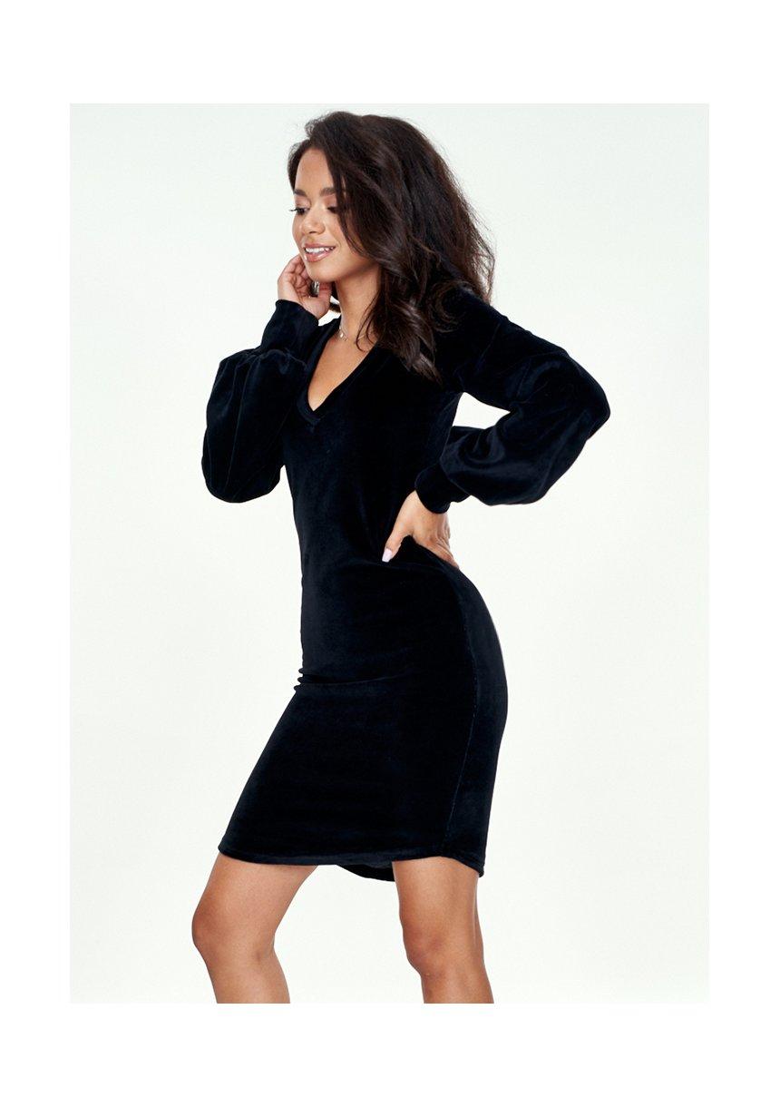 Dopasowana sukienka Velvet Czarna