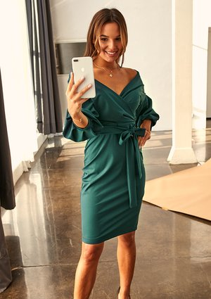 GREEN MIDI DRESS WITH BELL SLEEVES