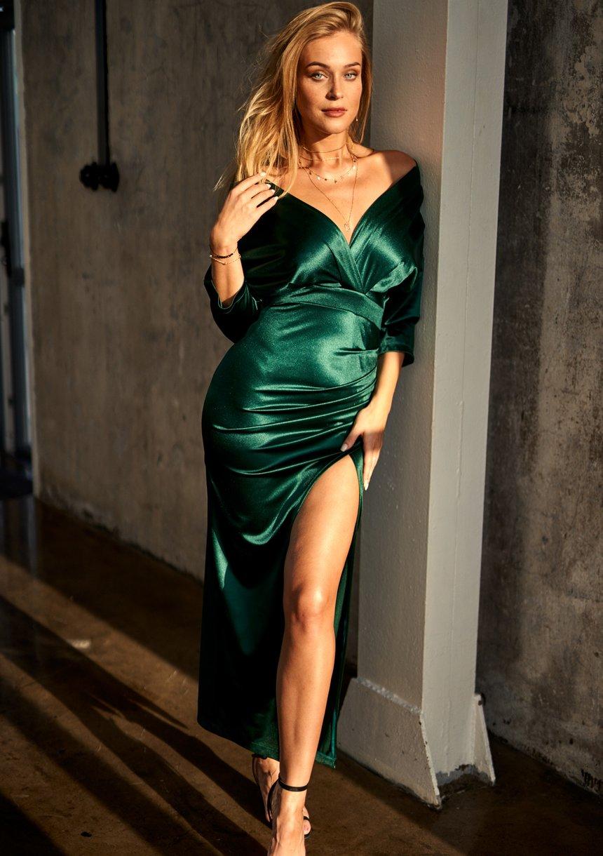 Dopasowana sukienka maxi z satyny Premium Zielona