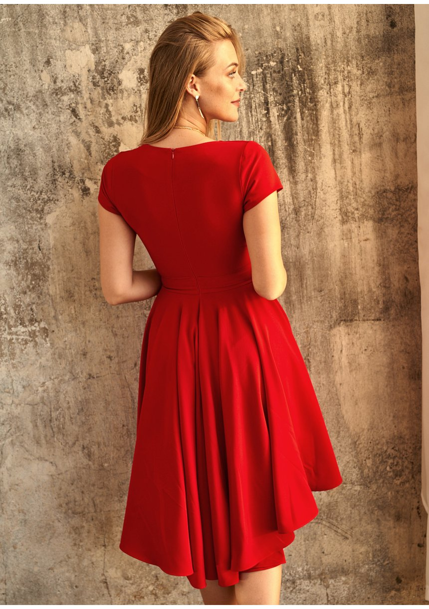 Sukienka z półtora koła z asymetrią Czerwona