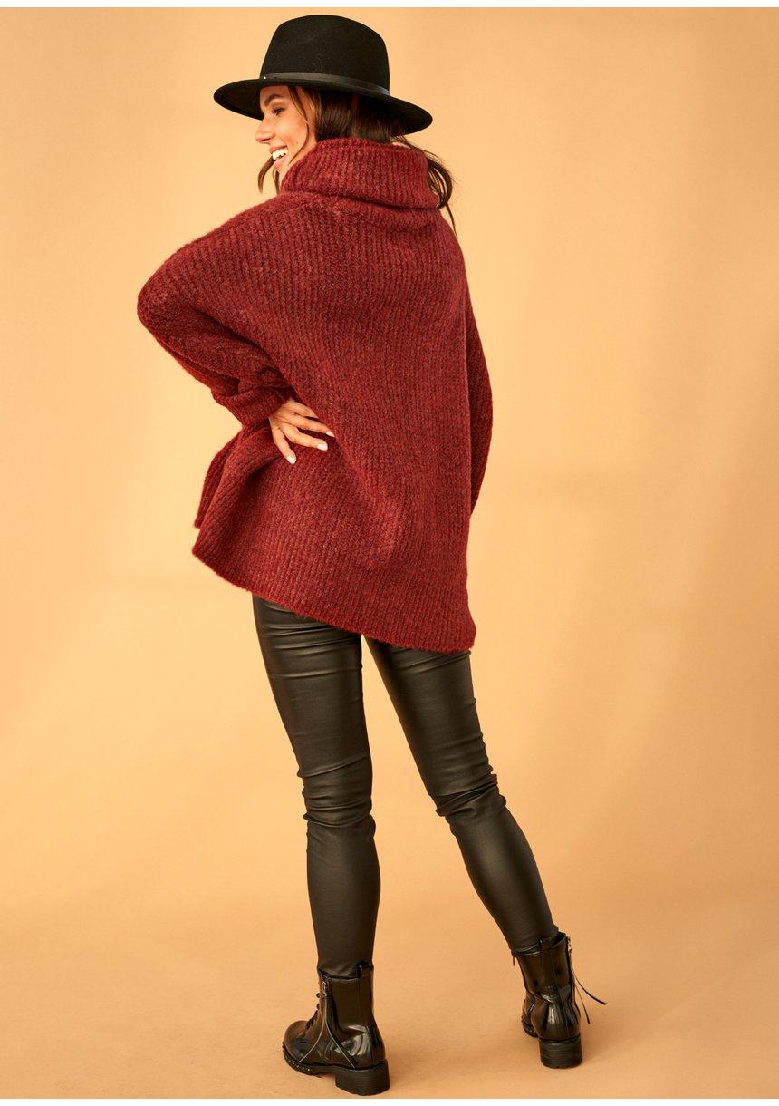 Sweter z golfem oversize A007 Bordowy ILM