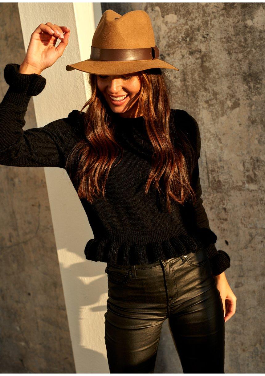 Sweter z falbanką Czarny ILM A42