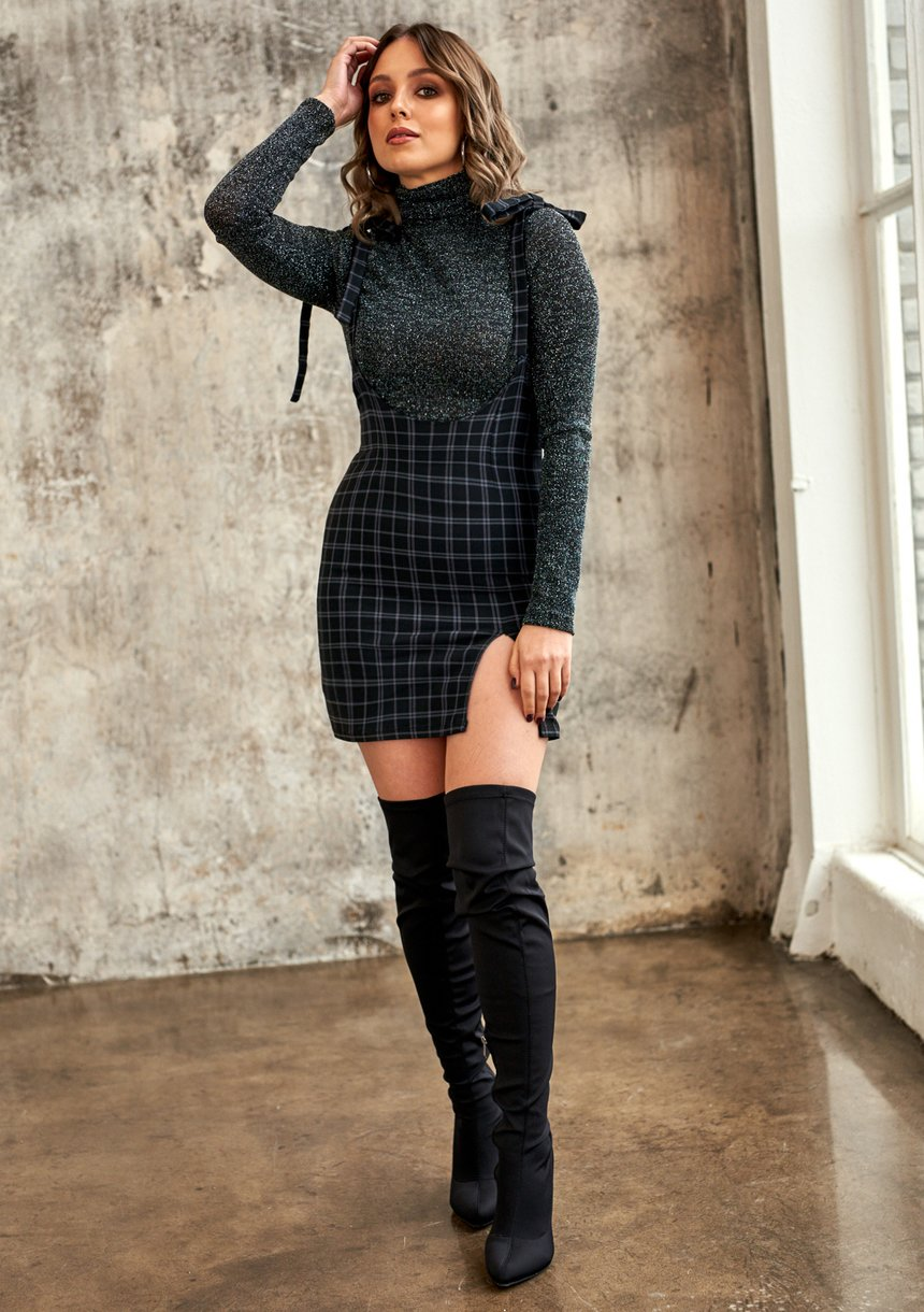 Spódnica z wiązanymi szelkami w kratkę Czarna