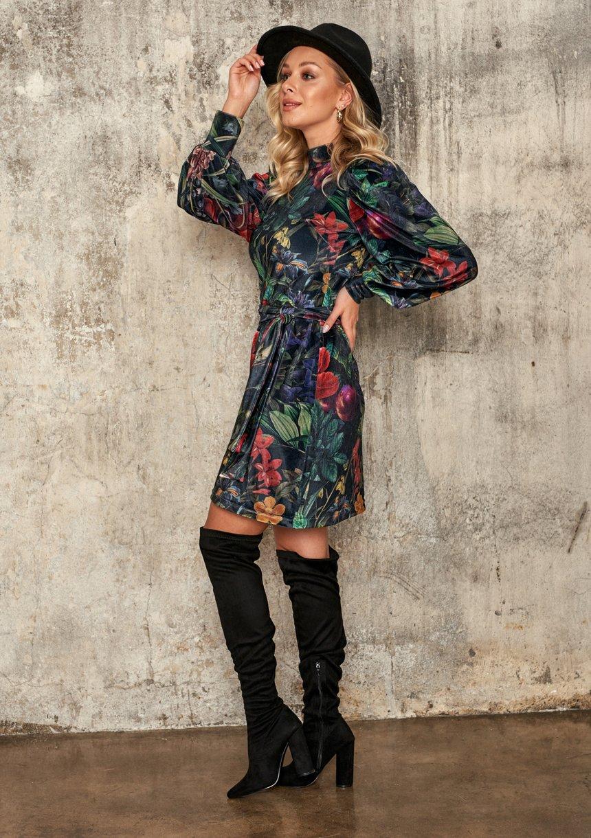 Welurowa sukienka z paskiem Secret Garden