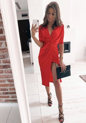 RED BODYCON DRESS WITH TIE FRONT