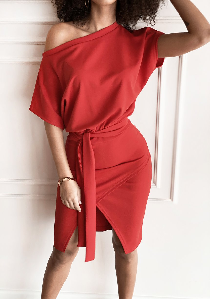 Sukienka midi z kimonową górą Czerwona