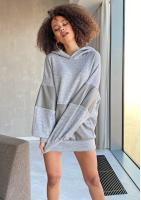 Oversizowy sweter z kapturem Szary