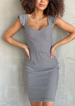 Dopasowana sukienka w kratkę Vichy Czarna