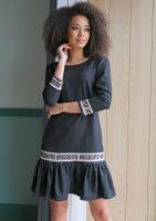 Sukienka z falbaną Logo block Czarna