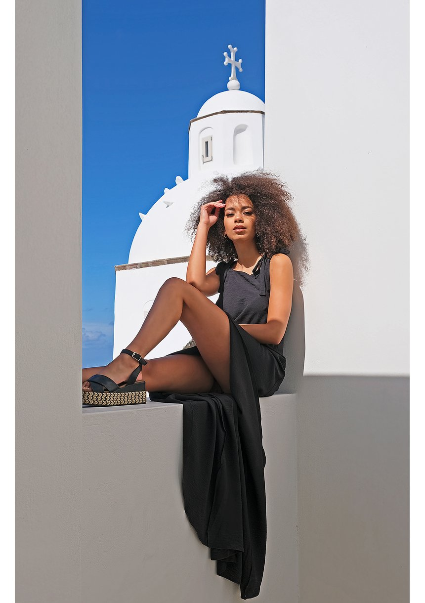 Sukienka maxi wiązana na ramionach czarna