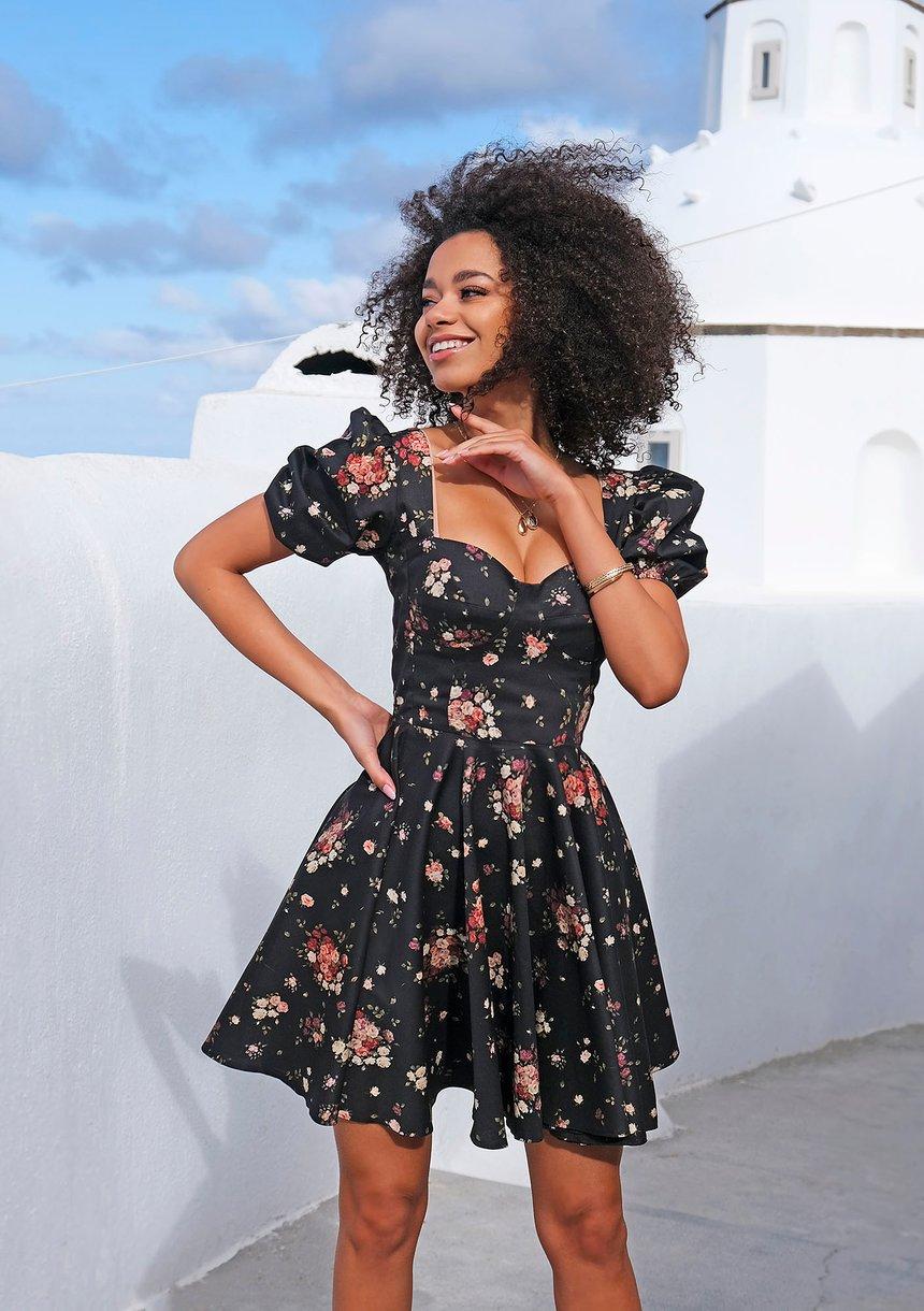 Sukienka z gorsetową górą w łączkę Czarna