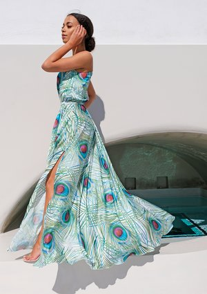 WHITE MAXI DRESS IN PEACOCK FEATHERS PRINT