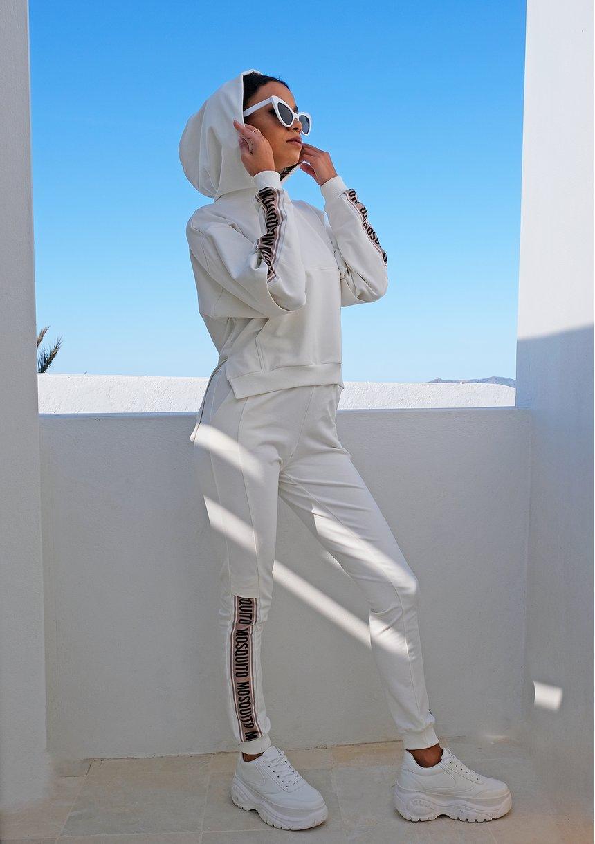 Kremowe spodnie z lampasem ILM