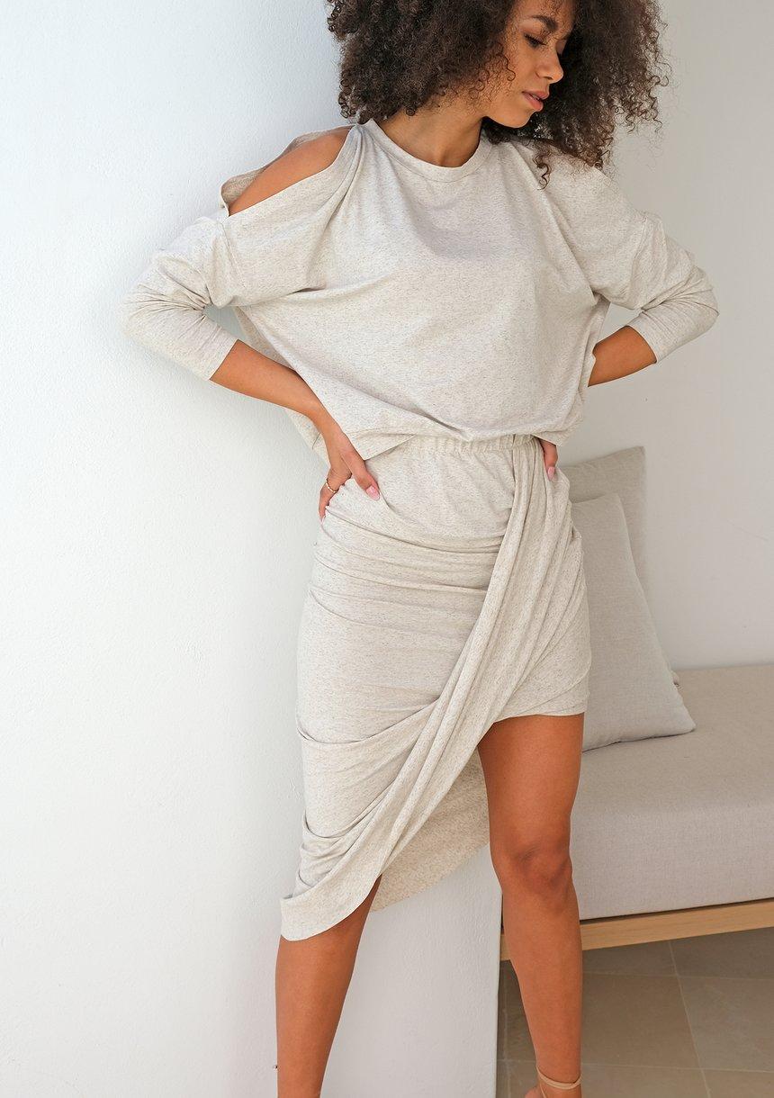 Asymetryczna spódnica z dzianiny z lnem