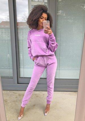 Welurowe spodnie w kolorze Lila ILM