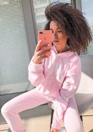 Welurowa bluza z kapturem w kolorze Pink  ILM