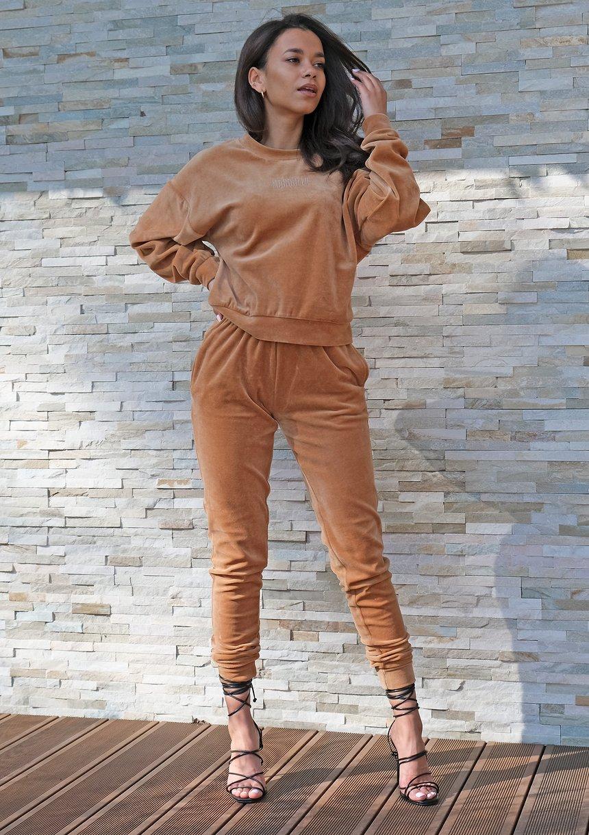 Spodnie z weluru o prostym kroju Miodowe ILM