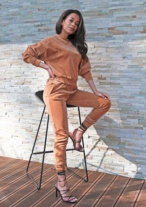 Caramel velvet straight cut sweatpants ILM