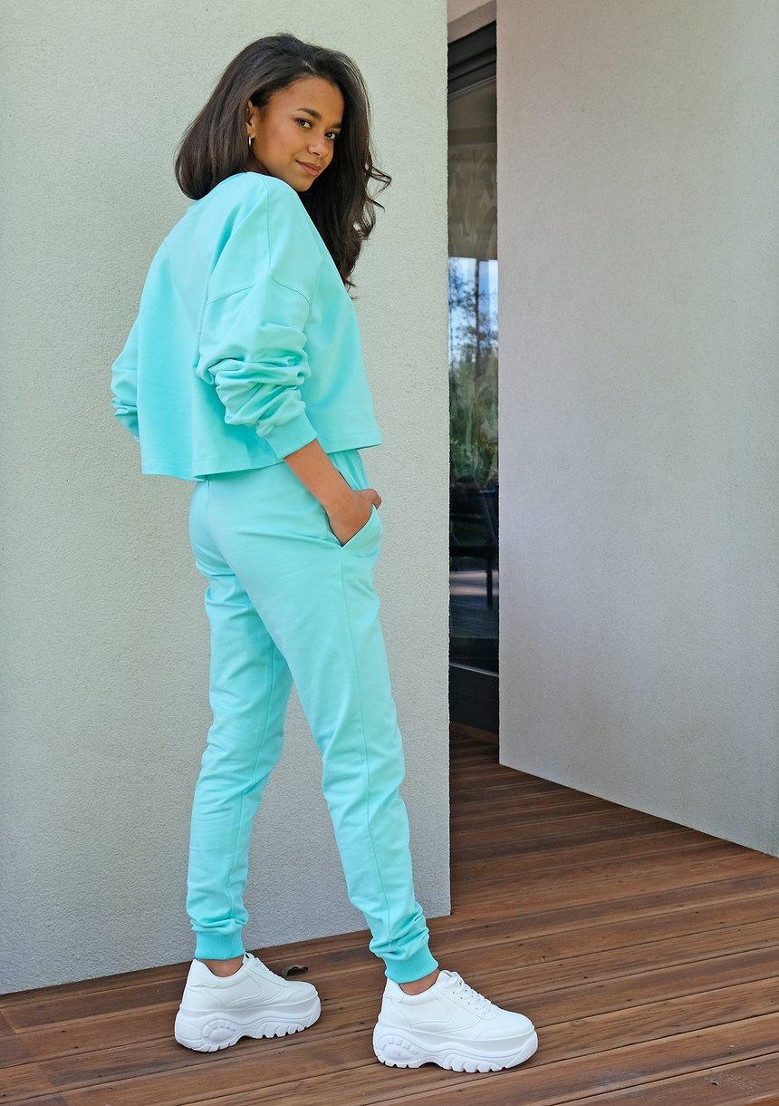 Spodnie dresowe o prostym kroju Miętowe ILM