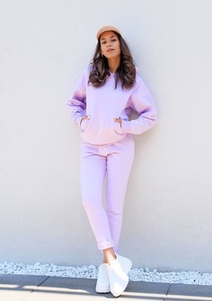 Dresowe spodnie z prostą nogawką lila ILM