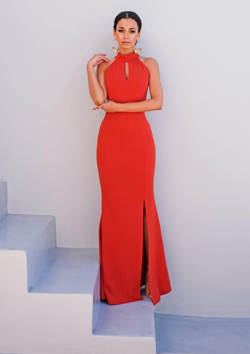 Czerwona sukienka maxi z zabudowanym dekoltem