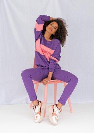 Purple sweatpants ILM