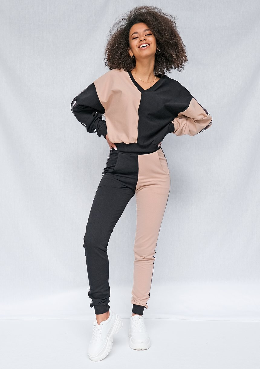 Spodnie dresowe Latte z lampasami black ILM