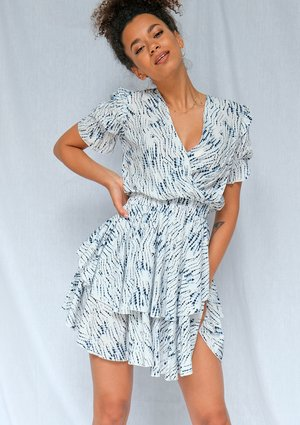 Crossover viscose dress in blue print