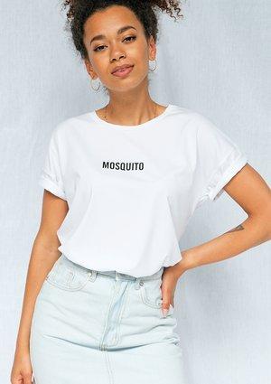 """T-shirt basic z"""" logo 2"""" biały ILM"""