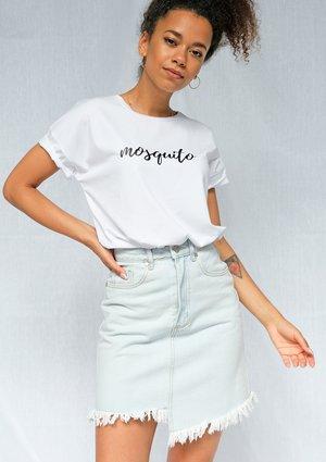 "T-shirt "" handwriting logo"" Biały ILM"