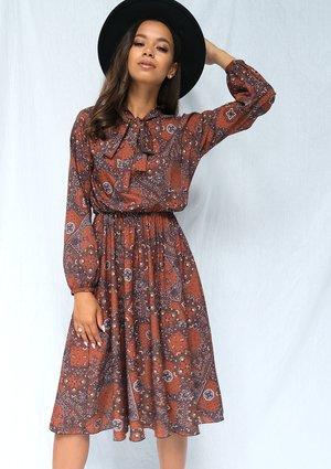 Sukienka midi brown print z wiązaniem
