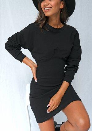 Czarna dzianinowa sukienka z długim rękawem