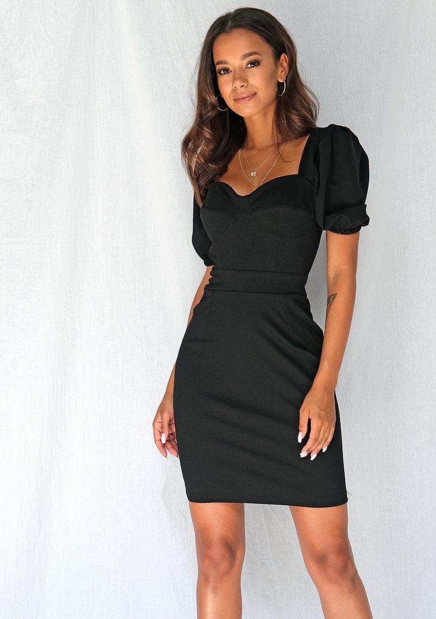 Dopasowana sukienka z krótkimi bufiastym rękawami czarna