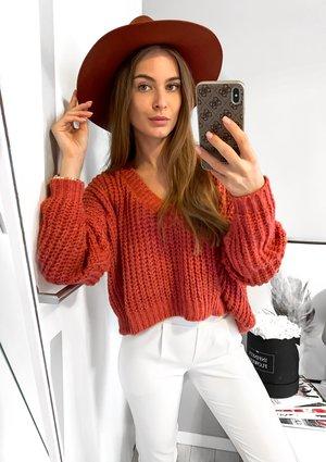 Sweter z moherem z dekoltem V Różowy A40 ILM