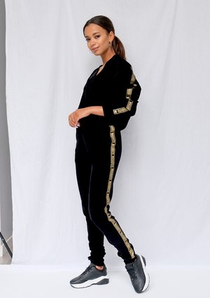 Black velvet sweatpants with gold logo stripes ILM