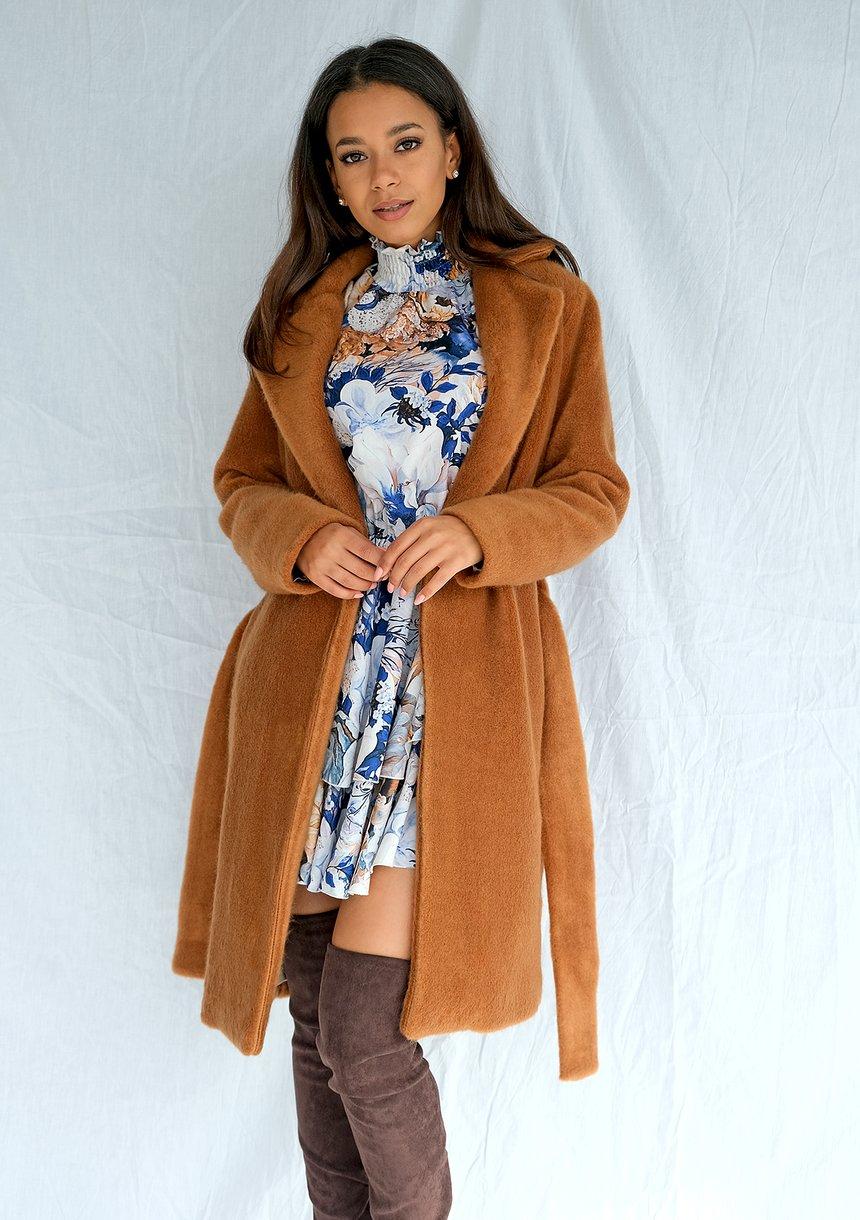Klasyczny płaszcz wiązany w talii Miodowy