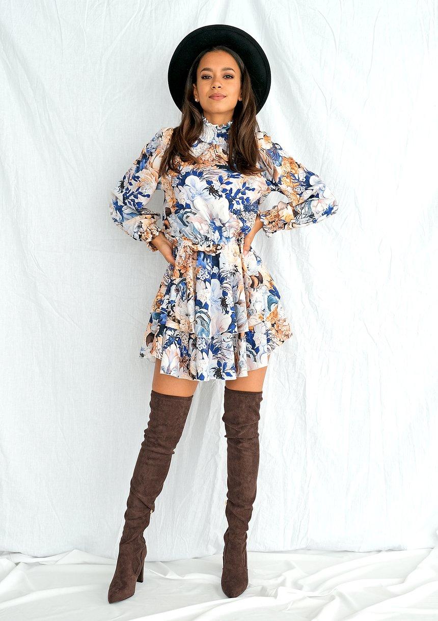 Sukienka mini z półgolfem w kwiaty
