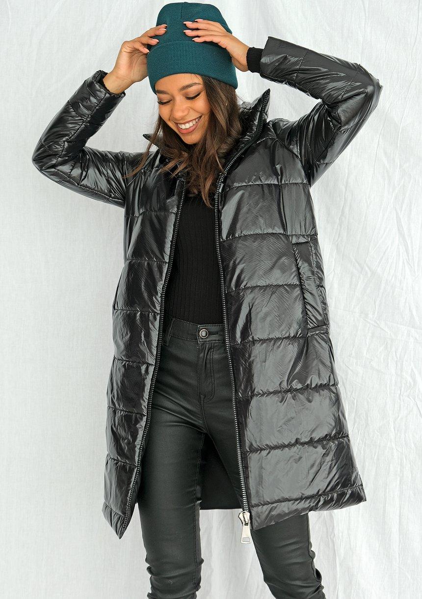 Pikowany płaszcz na stójce czarny