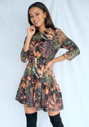 Sukienka z paskiem w motyw liści