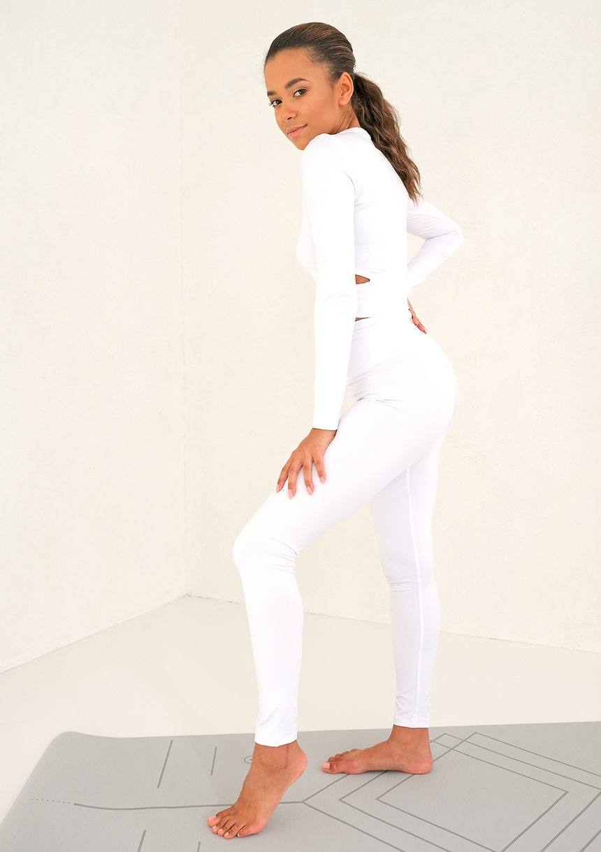 Avy Top White