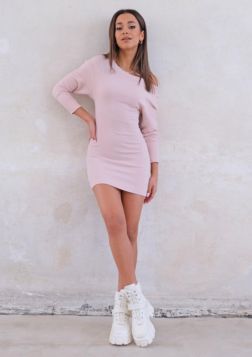 Pudrowa prążkowana sukienka mini ILM