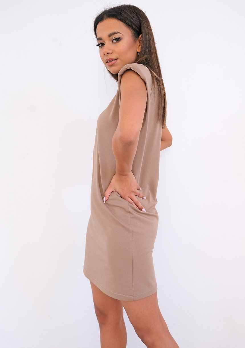 T-shirtowa sukienka z poduszkami Coffe ILM