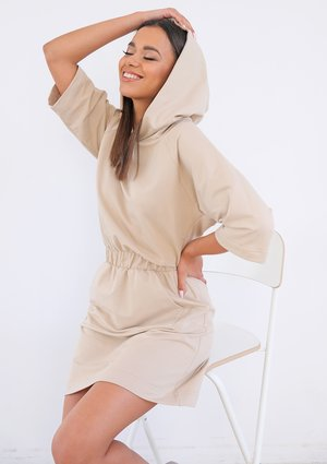 Comfy beige dress with hood