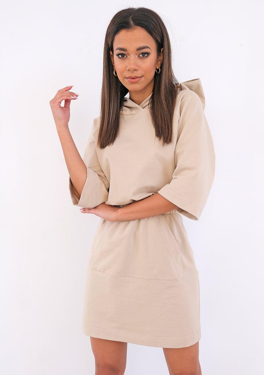 Beżowa sukienka dresowa z kapturem