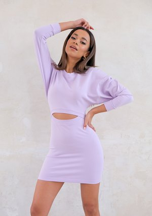Mini lila dress with cutout