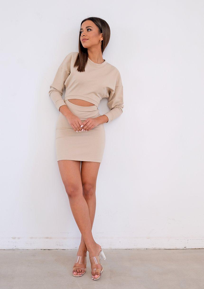 Beżowa sukienka mini z wycięciem