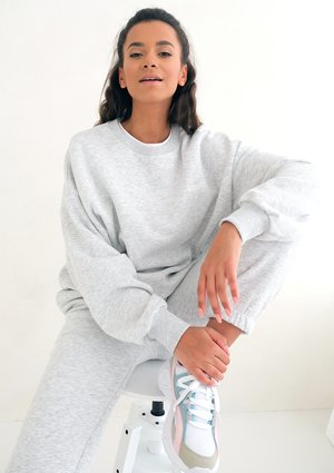 Spa Melange Simple Sweatshirt